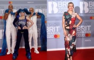Brit Müzik Ödüllerinde kırmızı halı ilginç...