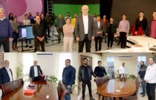 Reşat Akar'a TV stüdyosunda sürpriz doğum günü...