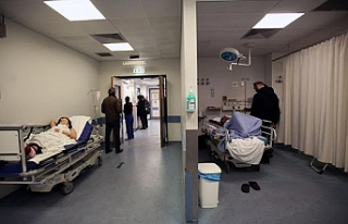 Hepatit hastaları ölüme terk edildi