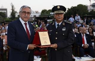 Polis'te görev devir teslimi