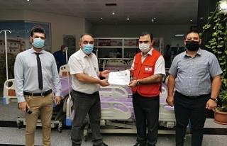 Kızılay hastanelere 65 adet yatak bağışladı