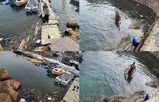 Antik Limanda su yüzünde bulunan birçok atığı...