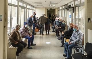 Güney Kıbrıs'ta 32 bin 837 kişi aşılandı