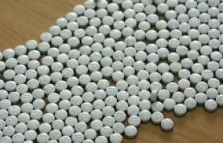 Ay. Napa'da turistlere uyuşturucu satan dükkana...