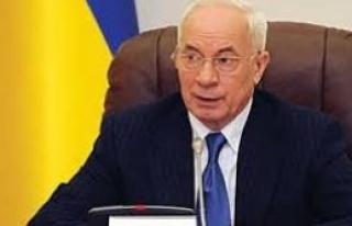 Azarov'un istifası kabul edildi