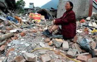 Çin'deki depremde ölü sayısı 398'e yükseldi