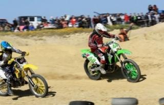 Dilekkaya'da Motocross heyecanı