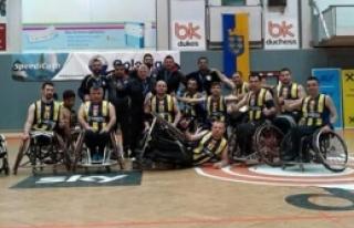 Engellilere Başbakan desteği