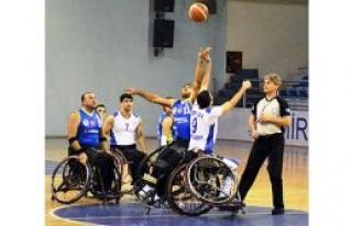 Engellilerin konuğu Galatasaray