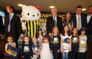 Fenerbahçe-Hello Kitty iş birliği