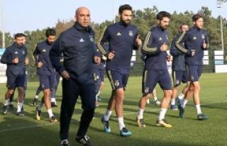 Fenerbahçe'de kadro dışı yok