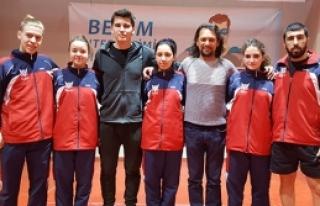 GAÜ masa tenisi takımından çifte şampiyonluk