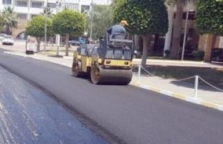 Girne'de asfalt çalışmaları sürüyor