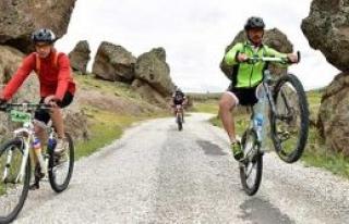 Güzelyurt bisiklet festivali başladı