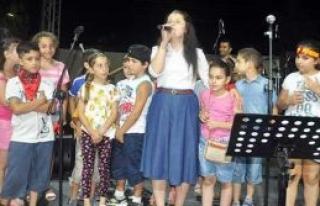 Hasat Festivali'nde Grup Yorum sahne aldı