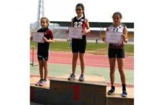 İlkokullar final için yarıştı