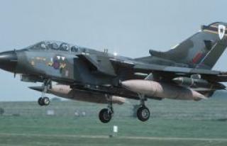 İngiltere Tornado Savaş Uçaklarını Ağrotur'da...