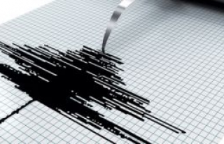 İran'da meydana gelen 6,1 büyüklüğündeki depremde...