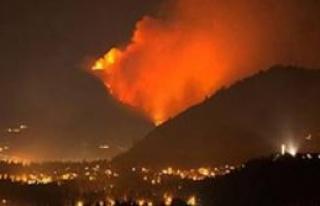 Kanada'da son 64 yılın en büyük orman yangını...