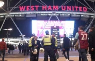 Londra'da futbol şiddeti