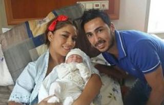 Murat Gertik baba oldu