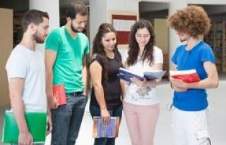 Öğrencilerin hizmetinde