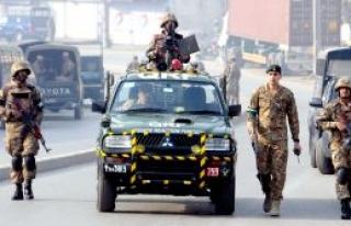 Pakistan'da  intihar saldırısı