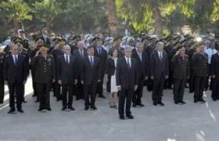 Şehitlik ile Anıt kabirde anma töreni düzenlendi