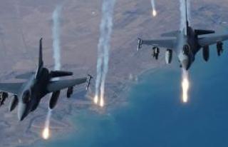 Uçaklar bomba yağdırıyor