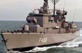 Yunan savaş gemileri geliyor
