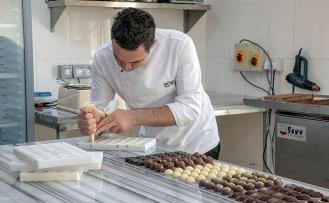 Merit Royal & Premium Otel çikolata üretimine başladı