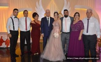 Emine öğretmen ile sevilen sanatçılarımızdan Sultan evliliğe hazırlanıyor