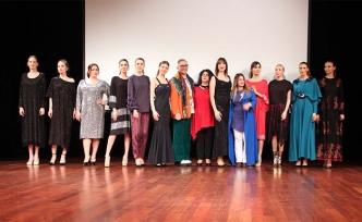 'Yedi Bölge Moda İçin Elele' temalı projenin defilesi ayakta alkışlandı