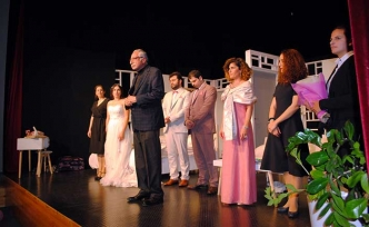 KKTC Devlet Tiyatroları'nın 'Şahane Düğün' adlı oyunu sahnelendi