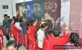 Güzelyurt Belediyesi, çocuklar için yılbaşı eğlencesi düzenlendi