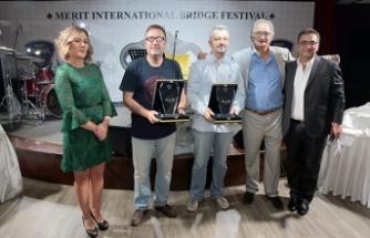 3'üncü Merit Briç Turnuvası ödül töreni Maxim Royal'de gerçekleşti