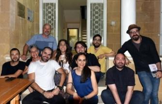 EMAA'da sanatçılardan homofobi, bifobi ve transfobiye karşı duruşunu anlatan sergi açıldı