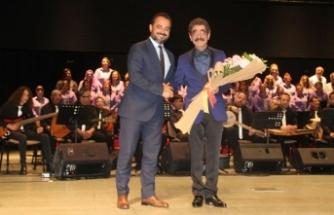 Gazimağusa Belediyesi Türk Halk Müziği Korosu Türkü Şöleni düzenledi