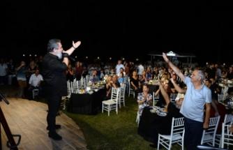 Yaz konserlerinin açılışını Lemon Park'ta yapan Soner Olgun'a gösterilen ilgi oldukça büyüktü