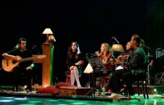 Sertap Erener son konserinde Bursa'yı salladı