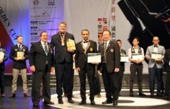 Kıbrıs Barmenler Birliği Başkanı Özgür Ayata, Golden Cup Uluslararası Kokteyl Yarışmasında üçüncü oldu
