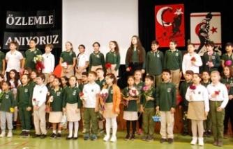 Doğu Akdeniz Doğa İlkokulu öğrencileri Atatürk'ü törenlerle andı