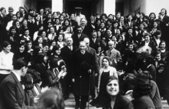 Genelkurmay, Atatürk'ün milli mücadeleyi başlattığı gün olan 19 Mayıs dolayısıyla özel fotoğrafları paylaştı