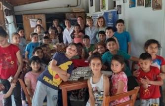 Lefkoşa Sarayönü Inner Wheel Club Başkan ve Üyeleri, Vakıflar İdaresi Lefkoşa İyilik Evi'nde çocuklarla buluştu