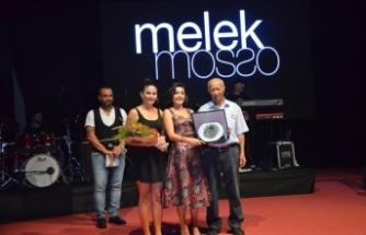 11. Yeniboğaziçi Pulya Festivali çerçevesinde Türkiye'den sanatçı Melek Mosso konser verdi.