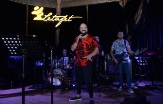 Ahmet Evan, Letafet misafirlerine unutulmaz bir gece yaşattı