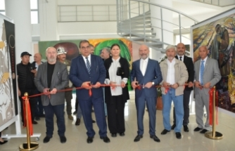 Kazak, Kırgız ve Rus sanatçıların resim sergisi YDÜ'de ziyarete açıldı