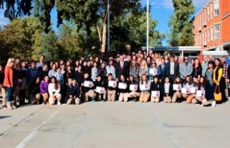 Çavuşoğlu, IGCSE – GCSE ve A-LEVEL sınavlarında başarılı olan 19 öğrenciyi kabul etti
