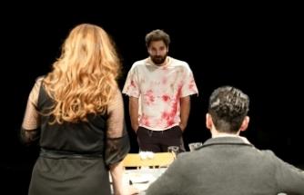 Lefkoşa Belediye Tiyatrosu yeni oyununun prömiyerini gerçekleştiriyor