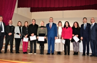 Bakan Çavuşoğlu, 20 Temmuz Fen Lisesi'nin faaliyetlerinden övgüyle söz etti